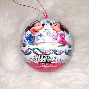 ⭕5/$25⭕ Tokyo Disney at Sea Christmas Tin Ornament
